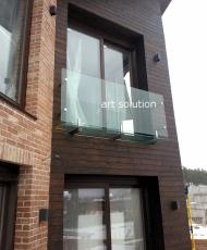 1 стеклянный балкончик