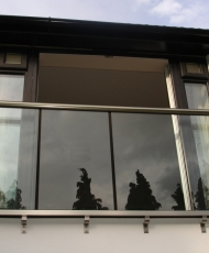 стеклянные перила для фрнцузского балкона