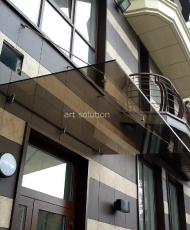 козырек над входом из бронзового стекла