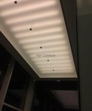 потолок из матового стеклпа