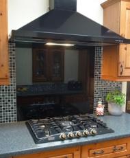 стеклянное панно для кухни