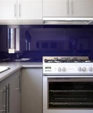 3 фартук стеклянный на кухню