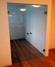 5 стеклянные двери прозрачные