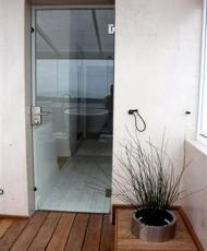 1 двери стеклянные