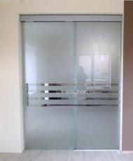 раздвижные двери непрозрачные стеклянные