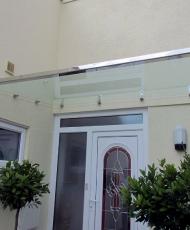 5 стеклянный козырек над входом