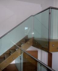ограждение стеклянное лестничное