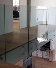 прозрачное ограждение из стекла