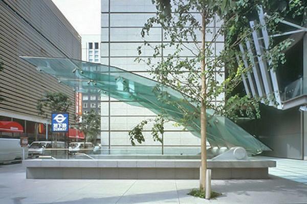 навесы из стекла токио