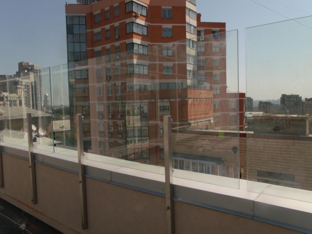 на террасе высокоэтажки
